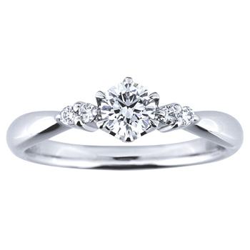 婚約指輪 月映え tsukibae